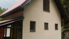 Vikend kuća sa pomoćnim objektom